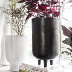 House Doctor - Planter, Jang, Black oxidized, dia: 15 h: 26 cm, 100% Aluminium, Indendørsbrug